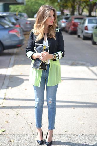 mi aventura con la moda blogger jeans spring jacket tribal pattern