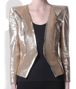 Celebrities who wear an emilio pucci spring 2010 metallic jacket clothing