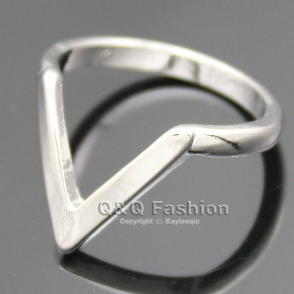 Chic Arrow Spike Chevron Luck Finger MIDI Ring Biker Rock Friendship Fancy Dress   eBay
