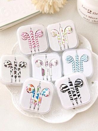 earphones zebra flowers pattern iphone