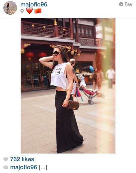 glasses style skirt blouse black cross body bag louis vuitton