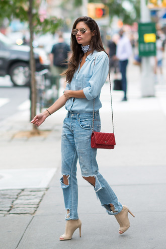 jeans shirt denim denim shirt sandals model off-duty streetstyle sara sampaio ny fashion week 2016 fall outfits ripped jeans