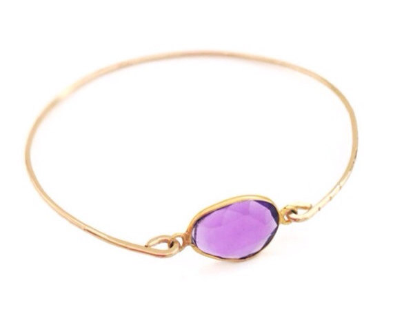 Purple Amethyst Gold Bangle Bracelet Radiant by camilaestrella