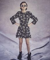 sunglasses,boots,dress,millie bobby brown,editorial,vogue