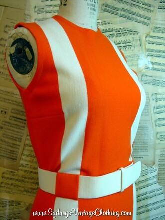 dress colorblock orange sherbert orange dress white dress orange and white dress white stripes white belt italian dress made in italy high collar sleeveless sleeveless dress mod vintage 60s style italian knit italian knit cute fashion twiggy modern