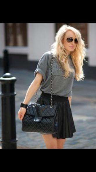 shirt gray grey shirt t-shirt gray tshirt black skirt