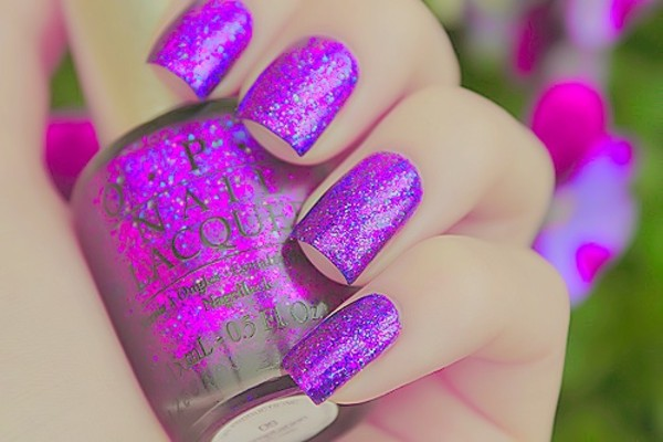 nail polish purple glitter colour