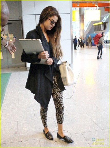 mocassins shoes sweater pants selena gomez black sweater apple black and white girly macbook sunglasses singer