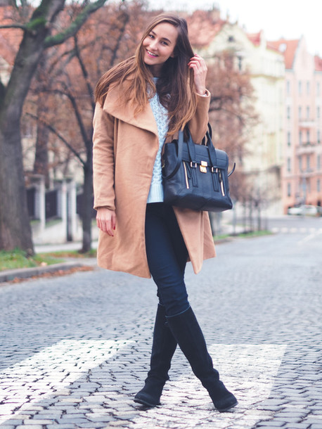 a cup of style blogger coat sweater jeans shoes bag