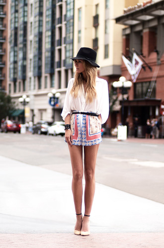 hat blouse shorts jewels shoes skirt vêtement le fashion image summer cute aztec classy fashion summer outfits dope hat heels spring dress printed shorts jumpsuit print style streetstyle belt