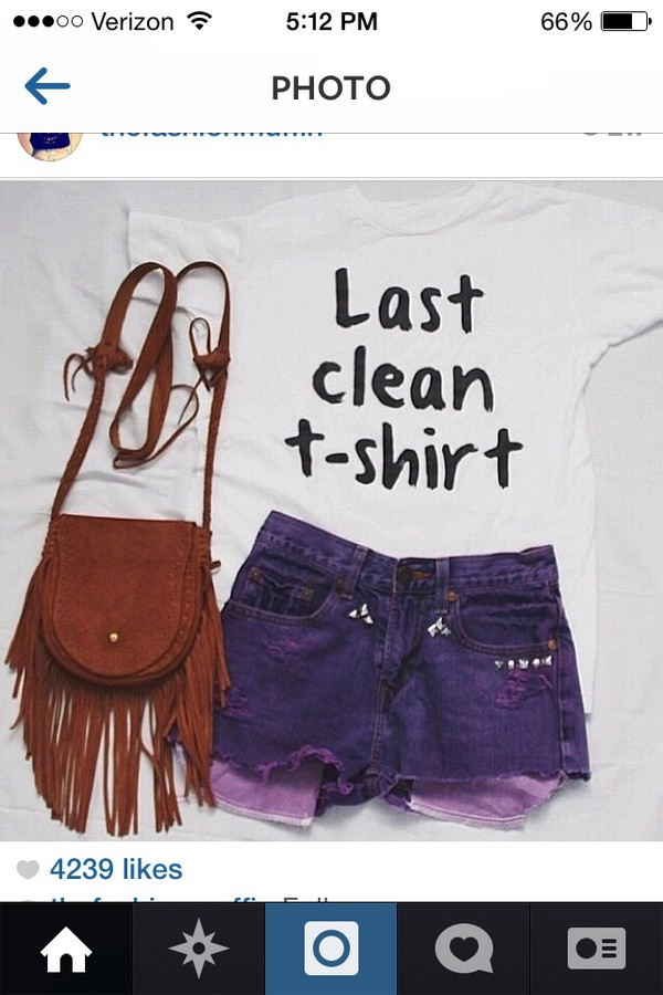 t-shirt bag shorts
