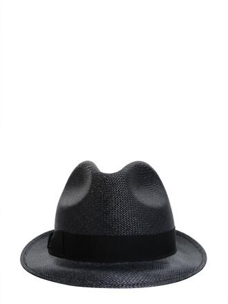 short hat