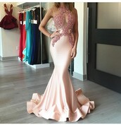 dress,mermaid prom dress,pink prom dress,gown,appliques,pink dress,pink,graduation dress,prom dress,long,prom,rose gold,gold,sleevless prom dresses,light pink dress,ball gown dress,clothes