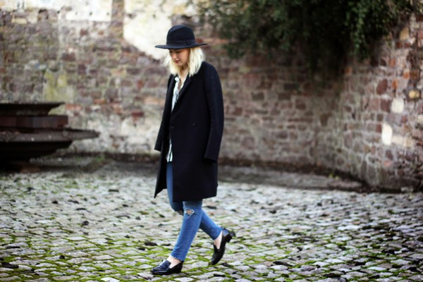 maisie ivy blogger ripped jeans loafers casual black coat coat jeans shirt shoes