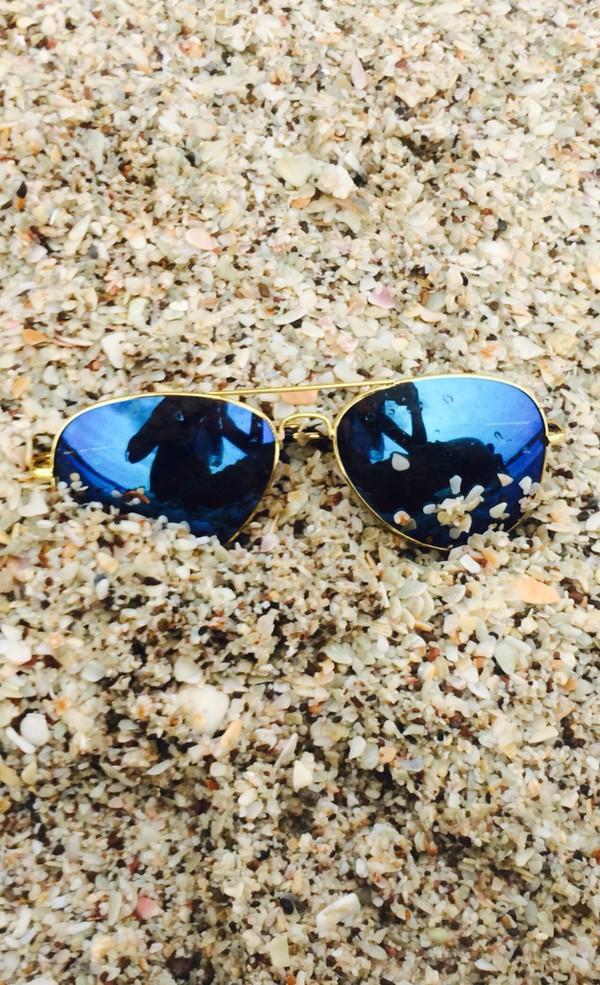 32e7642f2226 Amazon.com  Premium Full Mirrored Aviator Sunglasses w  Flash Mirror ...