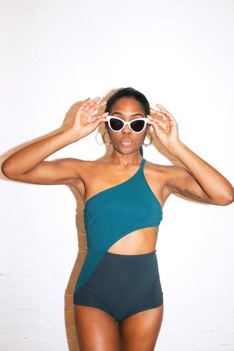 man repeller blogger jewels sunglasses swimwear hat top