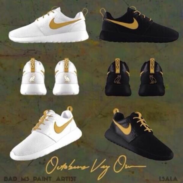 new product cc074 386fa shoes black or white ones ovoxo ovoxo nike roshe run