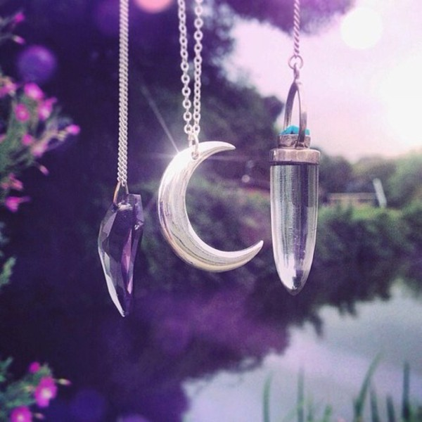jewels quartz necklace moon