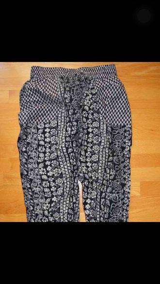 pants urban outfitters lauren giraldo aztec joggers pants