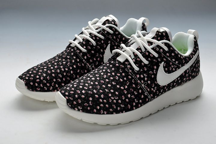 new style 0069d 70479 I7867 Nike Roshe Run FB Womens UK - Black Jade Flower ...