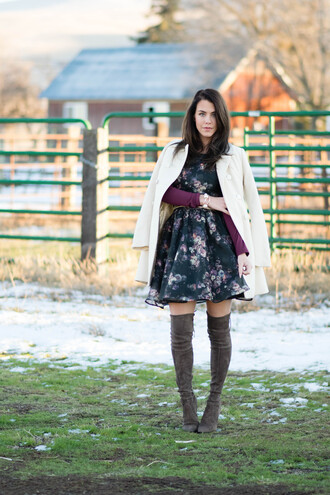fashion addict blogger roses floral dress suede boots white coat