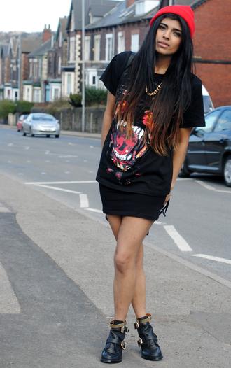 she wears fashion t-shirt skirt jewels shoes bag sweater hat