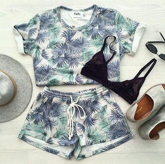 tank top tropical summer outfits hipster bralette hat two-piece shorts hair accessory jumpsuit floral floral print blouse floral print shorts