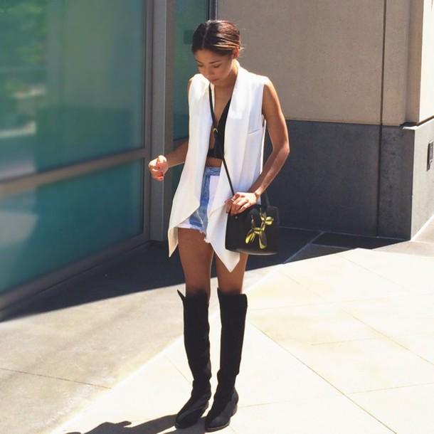 seattle fashion blogger jacket bag top shoes
