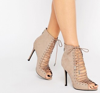 shoes nude beyonce celebrity style prom high heels heels fashion toast fashion vibe fashion is a playground fashion formal dress boots love trendy rihanna homecoming dress cute outfit idea