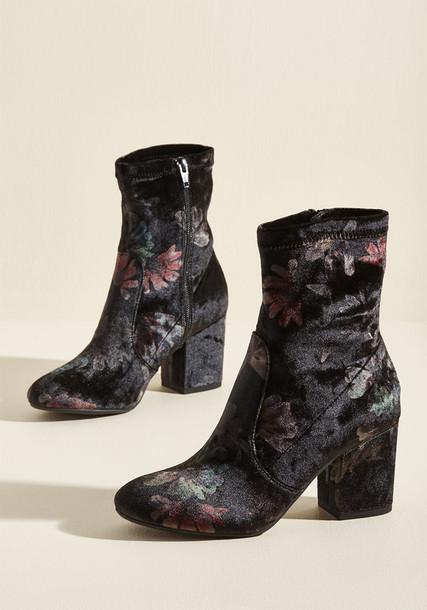 Modcloth boot velvet black shoes