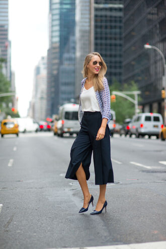 pants office outfits palazzo pants spring outfits top white top shirt blue shirt printed shirt pumps pointed toe pumps blue pumps navy pants sunglasses aviator sunglasses