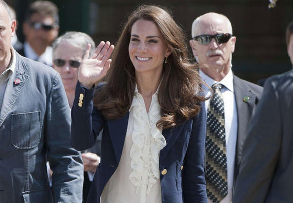 kate middleton blue jacket