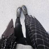 scarf,black and white,checkered,checkered scarf,autumn/winter
