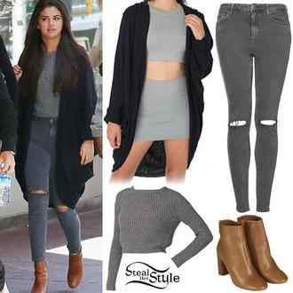 sweater grey jeans selena gomez