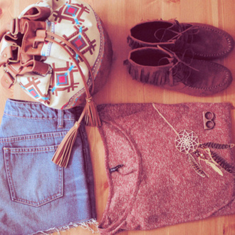 shoes suede moccasins fringes lace up bag shorts shirt