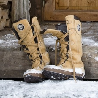 shoes snow boots norway winter outfits shoes winter suede boots brown leather boots snow boots combat boots boot european style lace up boots brown brown combat boots skiing snowboarding leather tan color