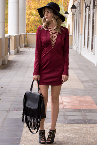 dress suede lace up long sleeves long sleeve dress mini dress burgundy burgundy dress sexy sexy dress fall outfits fall colors fall dress holiday dress love trendy cute dress women style fashion fringes purse floppy hat