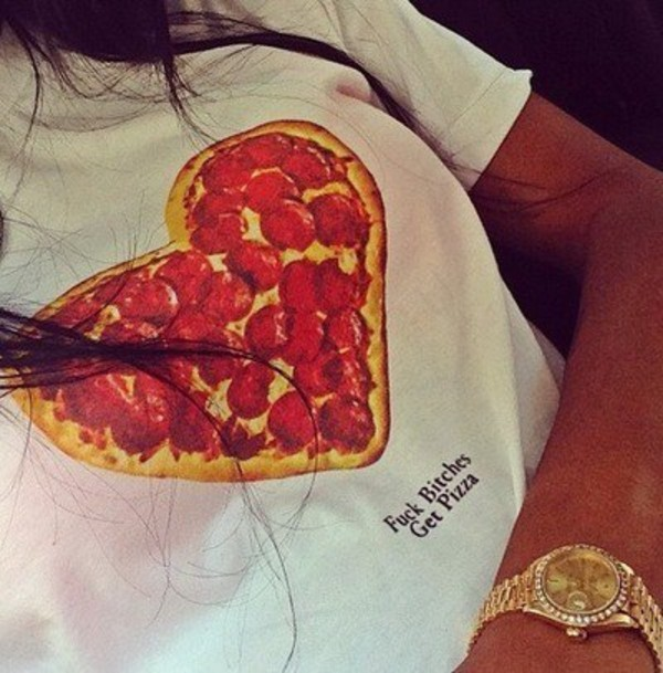 t-shirt t-shirt food pizza pizza t-shirt