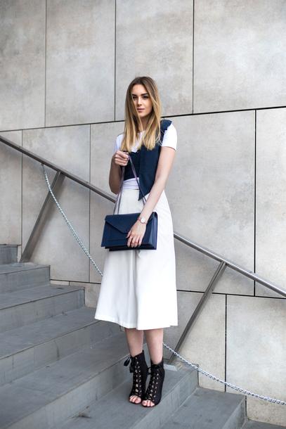 e2661c4dd5b pants tumblr white pants culottes high heels heels peep toe heels bag blue  bag t-