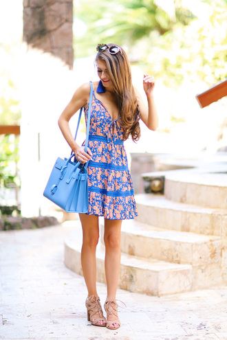 southern curls and pearls blogger dress bag shoes jewels sunglasses make-up