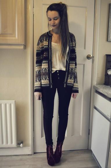 black pants high heels brown heels ponytail