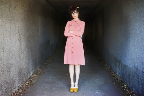 a fashion nerd blogger pink dress long sleeve dress collared dress