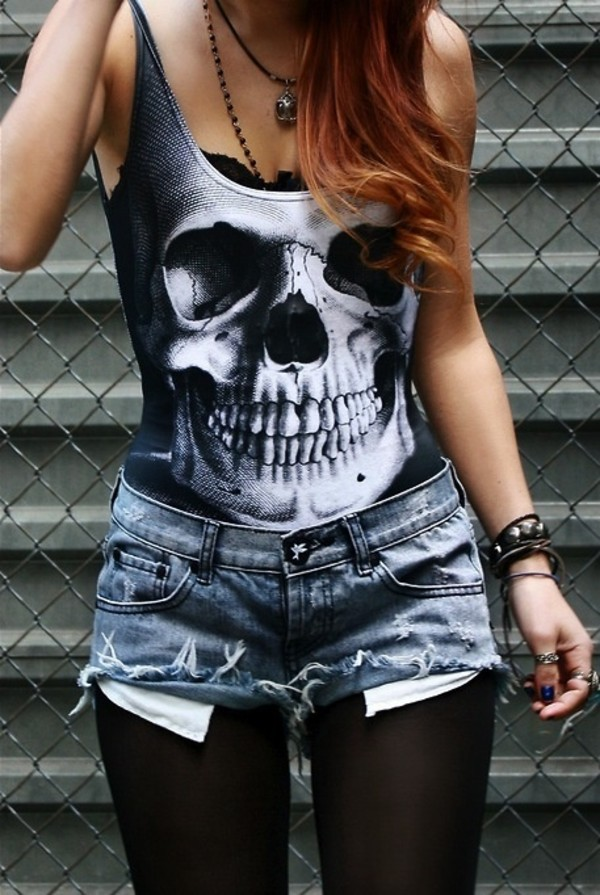 shirt skull tank top black cut off shorts black leggings emo skull t-shirt tumblr shirt t-shirt shorts