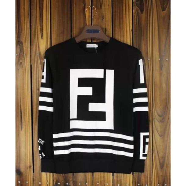 Shirt Fendi Keychain Rare By Very Karl Lagerfeld Fendi Hood Air RFRPZqUr 9ddfee4edf0