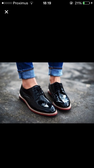shoes black tumblr oxford shoes black blucher vintage shoes oxfords tumblr tumblr girl ripped jeans jeans vintage grunge