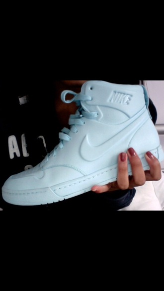 shoes sneakers nike shoes mint nike dope