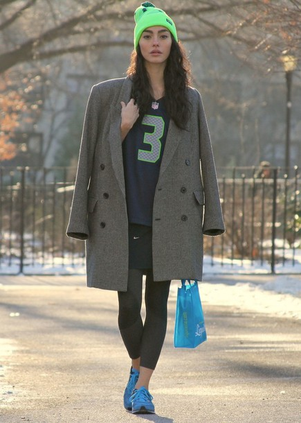 sweat the style hat coat skirt shoes