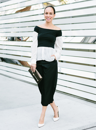 sydne summer's fashion reviews & style tips blogger shirt jewels bag shoes black and white long sleeves off the shoulder black pants clutch white heels