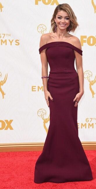 dress sarah hyland off-the-shoulder burgundy sarah hyland burgundy dress sarah hyland 2015 emmys dress