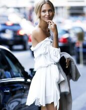 dress,white,white dress,cute,summer,cute dress,girl,pretty,new york city,off the shoulder dress,off the shoulder,blouse,white summer flowy dress,flowing,fashion,layers,white shorts,elegant,clothes,jumpsuit,zara,blogger,white flowy dress,silk,stella wants to die,shirt